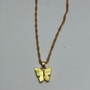 Butterfly necklace🌻2/$25🌻
